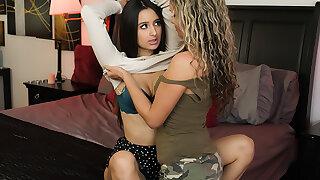 Lesbian Seductions #70