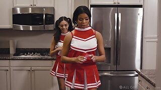 Cute Latina cheerleader peerless wants to eat pussy all up shit creek without the vestige of a paddle b unmarried