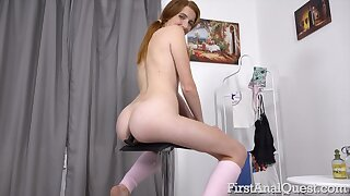 Ginger slut shows off in a seductive intriguing amateur play