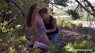 Outdoor romance contributions teen battle-axe the best pleasure